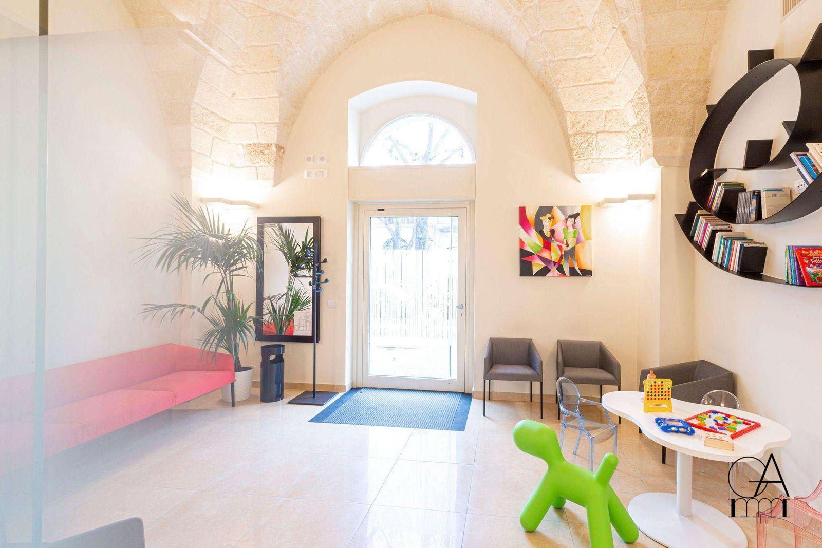Studio-Dentistico-Alfano-Lo-Studio-Sala-d-Attesa